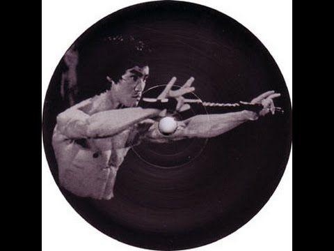 "Oscar Mulero - Bandulero [Techno 2000] [KOB018] Label:Kobayashi Recordings - 2000 [KOB018] Format:Vinyl, 12"", 33 ⅓ RPM Country:France Released:Nov 2000 Genre:Electronic Style:Techno  ""Bandulero KOB018"" Tracklist X1 Dario's Track  X2 Brno  Y1 Different View  Y2 Lost https://www.discogs.com/Oscar-Mulero-Bandulero/release/4112  (((https://technoscene.org))) (((https://reddit.com/r/oldtechno)))  Oscar Mulero - Bandulero [Techno 2000] [KOB018]"