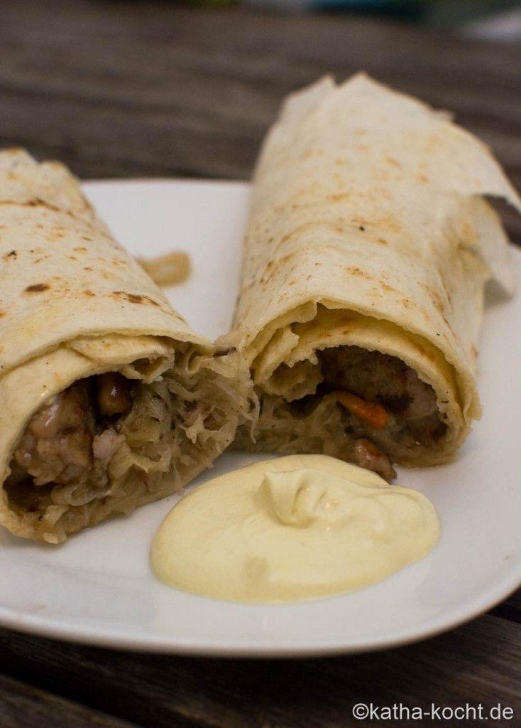 Sauerkraut-Bratwurst Wrap mit Ahornsirup - Katha-kocht!