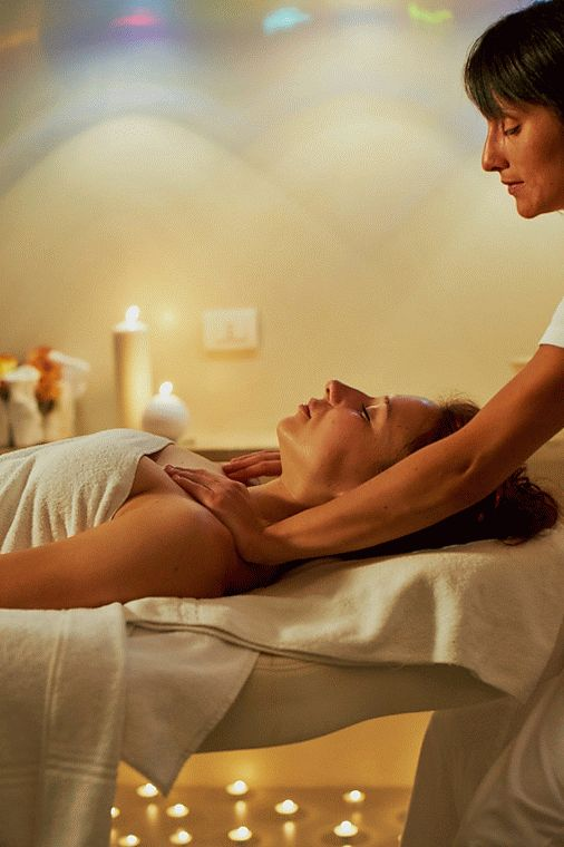 Get a massage in the SPA San Marco - - Click the GIF button