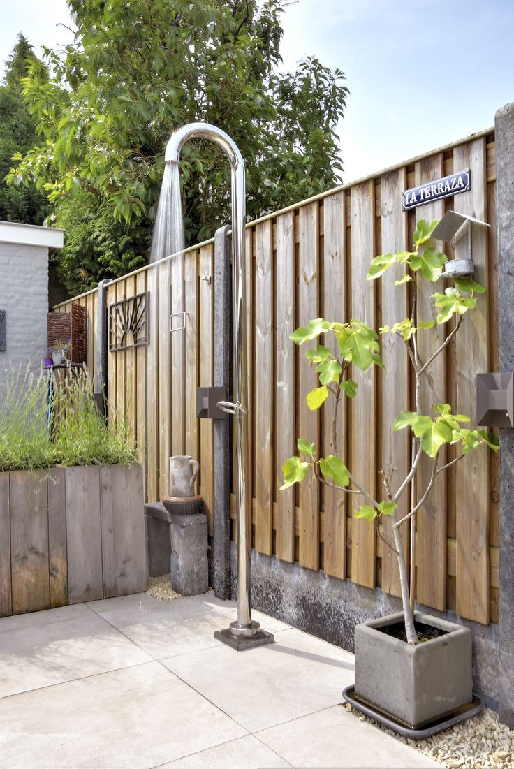 Outdoor shower made by VSB Wellness