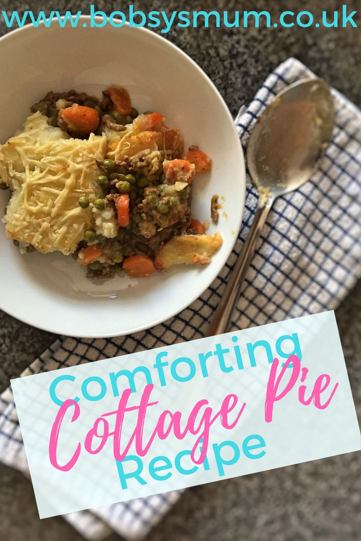 Cottage pie with cheesy mash. Perfect family dinner. #easy #recipe #comfortfood #beef #pie