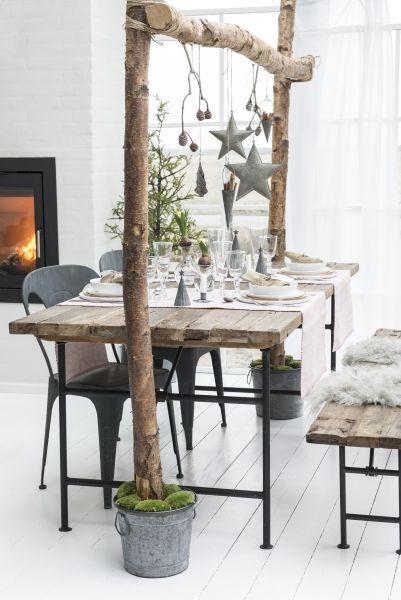 Weihnachten Tafel deko-bestimmt auch schön mit Lichterketten