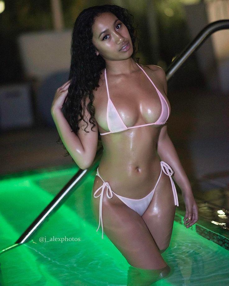 nude Legs Nereyda Bird (51 pictures) Topless, Facebook, braless