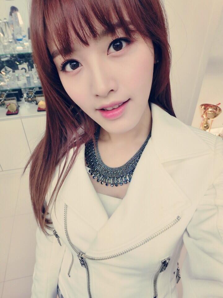JaeKyung gorgeous selca
