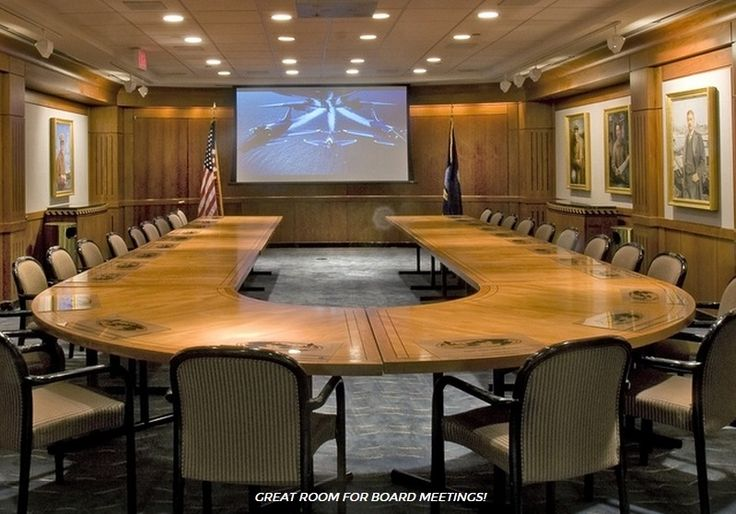 US Navy Memorial - Naval Heritage Center: a unique and chic space in a primary location for an afternoon luncheon, a corporate affair, or a holiday happy hour! https://venuebook.com/venue/1079/us-navy-memorial-naval-heritage-center/