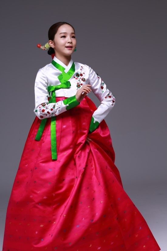 Lovely Song So Hee in Hanbok