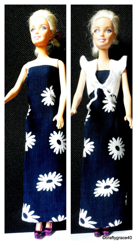 Abito Barbie lungo estivo blu scuro viscosa con fiori bianchi + gilet bianco fatto a mano all'uncinetto di DrittoRovescio su Etsy