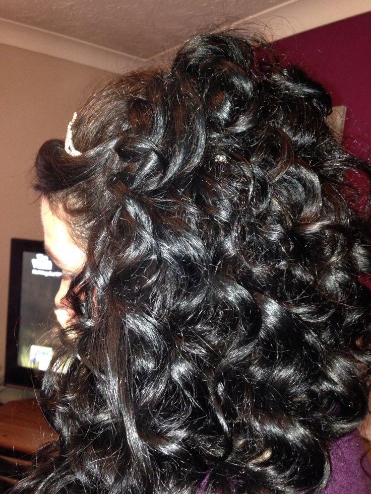 Beautiful wedding hair by Amy