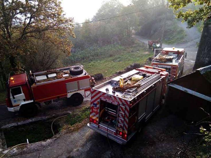Danos producidos pola vaga de incendios forestais que asolou a nosa comarca, e Galicia, en outubro de 2017. Estes lumes foron agrabados polos ventos que deixou o Ofelia.