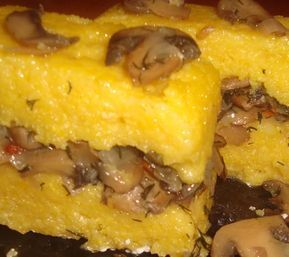 Iata o reteta delicioasa, numai buna pentru cei care tin post. Ingrediente: 1 cutie ciuperci, malai pentru mamaliga, 1 ceapa mare, 1 legatura marar, 2-3 linguri margarina, sare, piper. Mod de prepa…