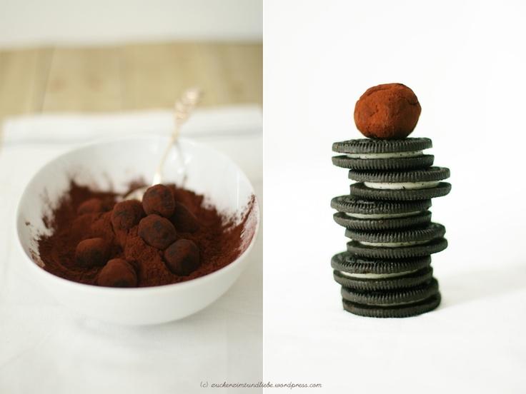 Oreo-Trüffel (Kakao oder mit Schoki weiß oder braun überziehen)