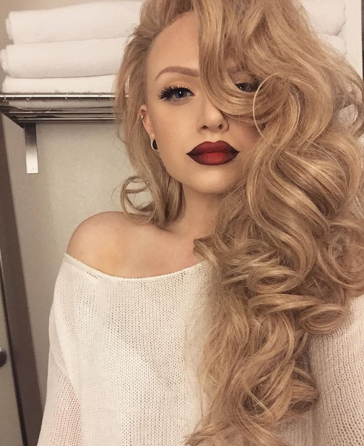 25 unique side curls hairstyles ideas on pinterest side swept obsessed with these curls all to one side curls curl hairstyles rollers urmus Image collections