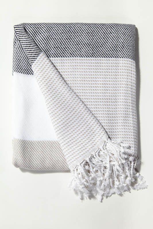 Ottoloom Malibu Turkish towel in Charcoal Smoke. Hand loomed with 100% GOTS certified organic cotton.