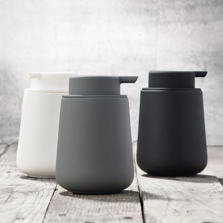 Designstuff offers a wide online selection of Scandinavian bathroom accessories, including this stunning Nova One Soap Dispenser in Grey by Zone Denmark.