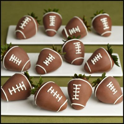 Chocolate-covered strawberry footballs (perfect for the 49ers game on Sunday!): Super Bowl, Chocolate Covered Strawberries, Superbowl, Football Strawberries, Strawberry Footballs, Food, Football Season, Party Ideas, Dessert