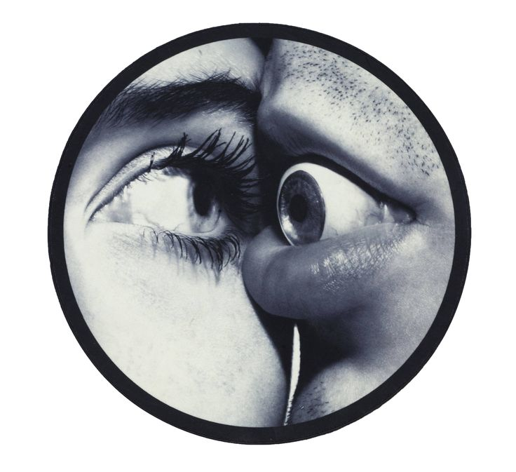Seletti wears ToiletPaper, Round Rug Eye & Mouth
