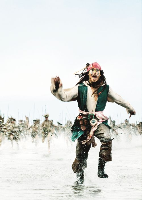 He was so funny in these scenes! | Captain Jack Sparrow ...