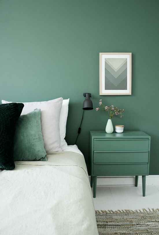 Forest green bedroom. | Green home decor | Green wall art | Green art | Art in Green | Modern | beautiful | #metalwallart #greenwallart https://www.statements2000.com