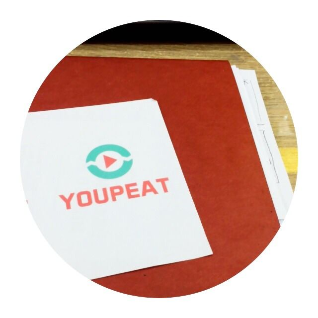 Youpeat in circle  #youpeat #youtubeplayer #playlist #easy #simple #autorepeat #update #app #iOS #iOS7app