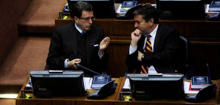 01.07.14: Hijos de políticos de oposición figuran entre beneficiados con la Beca Chile - BioBioChile