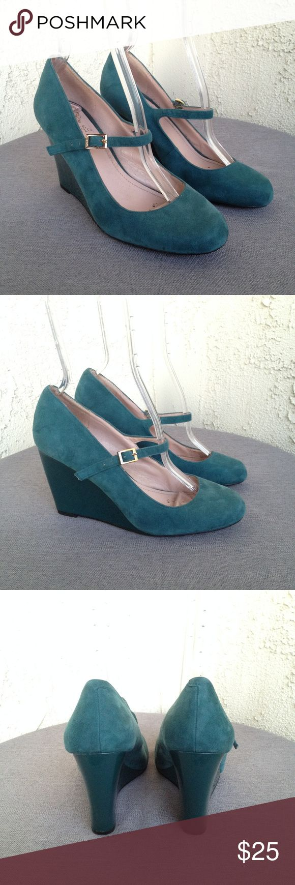 """Vince Camuto Blue Suede Leather Wedges Heels 8.5 Vince Camuto Women's Heels Magie Teal Blue Suede Patent Leather Mary Jane Wedges  Type: Heels  Style: Wedges / Mary Janes Style Name: Magie Brand: Vince Camuto Size: 8.5 Heel Height: 3"""" Material: Leather Upper / Manmade Lining / Manmade Sole Color: Teal Blue Condition: Great, Preowned Condition Country of Manufacturer: China  Stock Number: Vince Camuto Shoes Wedges"""