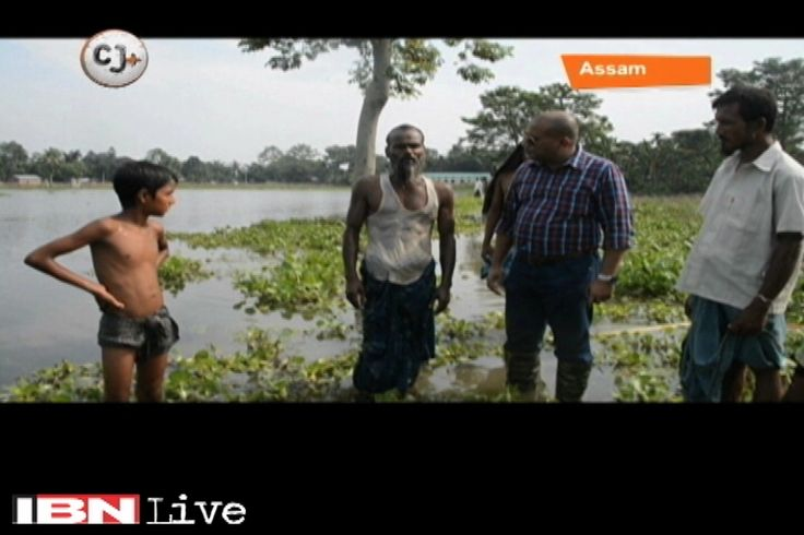 1.8 million people were affected by the devastating floods in 2015 across 17 districts of Assam. Nilim Datta turns CJ and gets you this ground report from flooded state. watch the CJ Report- http://cj.ibnlive.in.com/cj-ground-report-from-flooded-assam/44666/