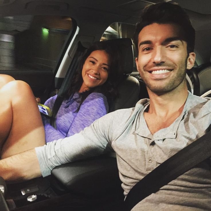 """Night shoots with my TV baby mama @hereisgina ;) #teamjane #janethevirgin #season2"""