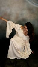 Q ~ RENAISSANCE Medieval Gypsy Pirate Wench Costume CELTIC CHEMISE Gown 30