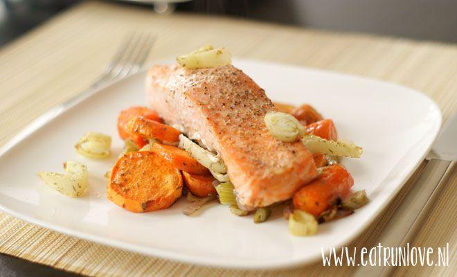 Zalm met venkel, wortel en zoete aardappel uit de oven