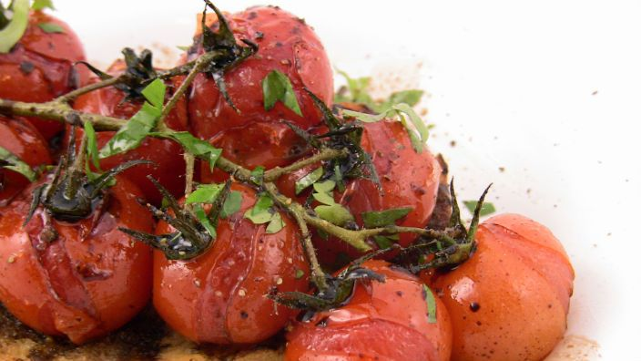 Balsamic Tomatoes on Toast - sweet tomatoes doused in balsamic, roasted to perfection and served on a slab of toast. Perfect!