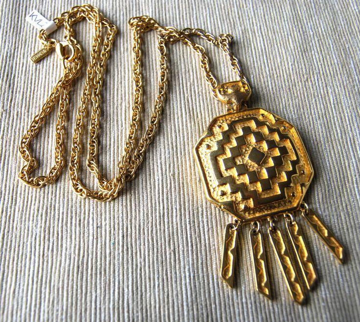 Collana di CORO Maya Style anni 60 USA  Disponibile alla vendita per info contattami via mail  crazyforvintageuk@gmail.com o via facebook Crazy for vintage