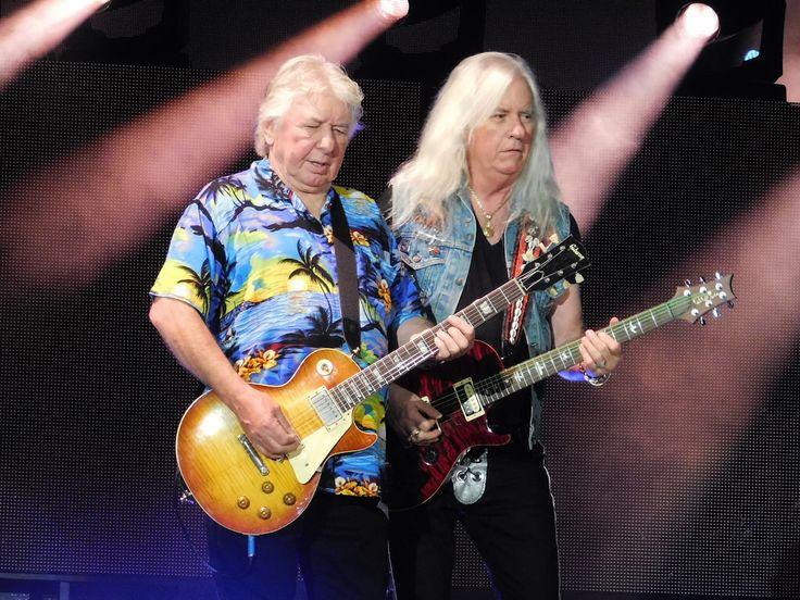 Mick Ralphs & Howard Leese - Bad Company Cardiff Oct '16 #guitar #guitarist #concert #livemusic #rockmusic #photography