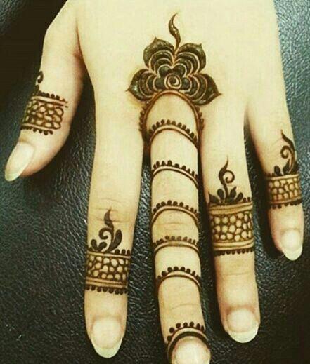 #Henna                                                                                                                                                                                 Más