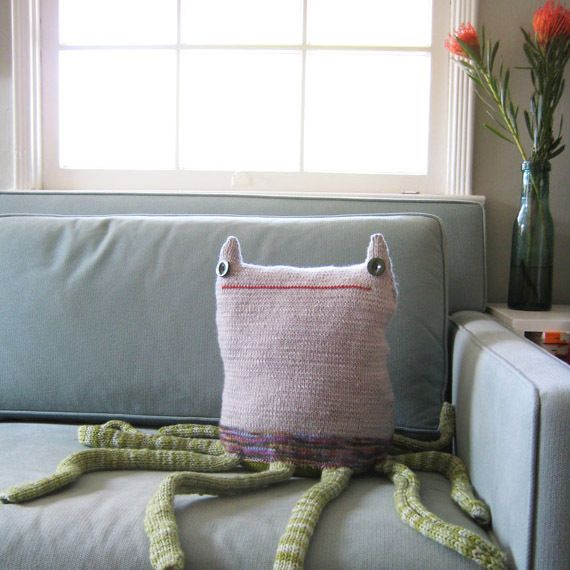 Image of Beast Pillow no.168