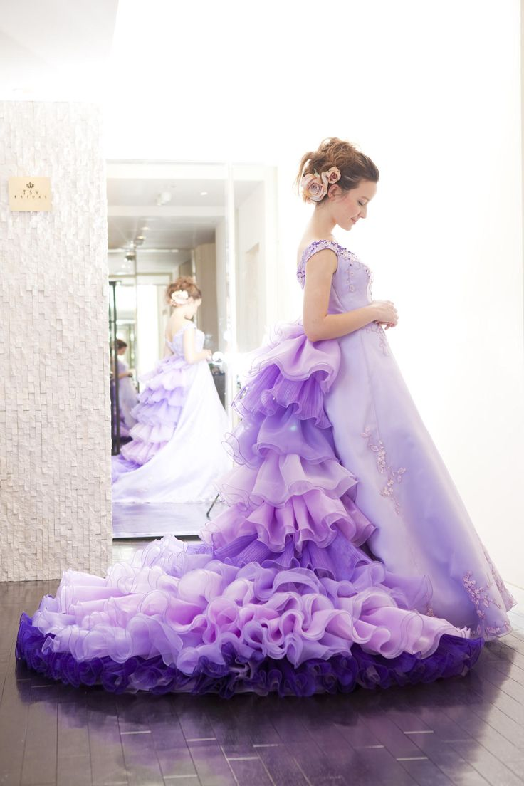 画像 : 優雅に上品に。紫のカラードレス。 - NAVER まとめ