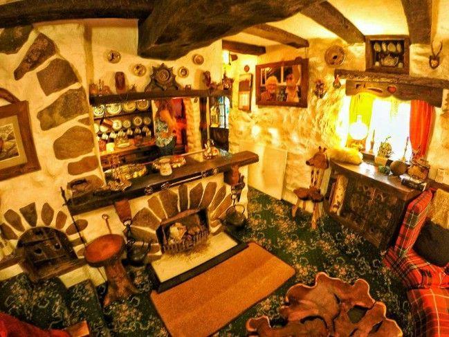 Uk Hobbit Houses Hobbithaus Marchenhaus Hobbit Hauser