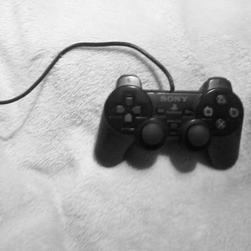 I'm just a girl that love gaming