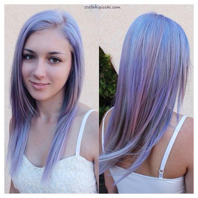 Pretty silver and lavender hair. Soo pretty. I want ...