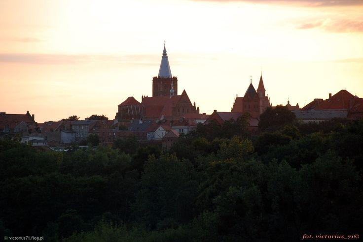 Fotoblog victorius71.flog.pl. - Chełmno - widok ze skarpy.. ...