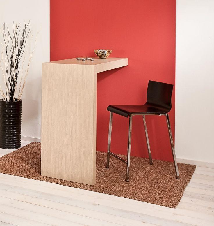 Table 135. Multi-layered laminated wooden high table, has one foot and need a wall for support. Tavolo 135. Tavolo alto in legno rivestito in laminato, con un piede ed ha bisogno di una parete di supporto.