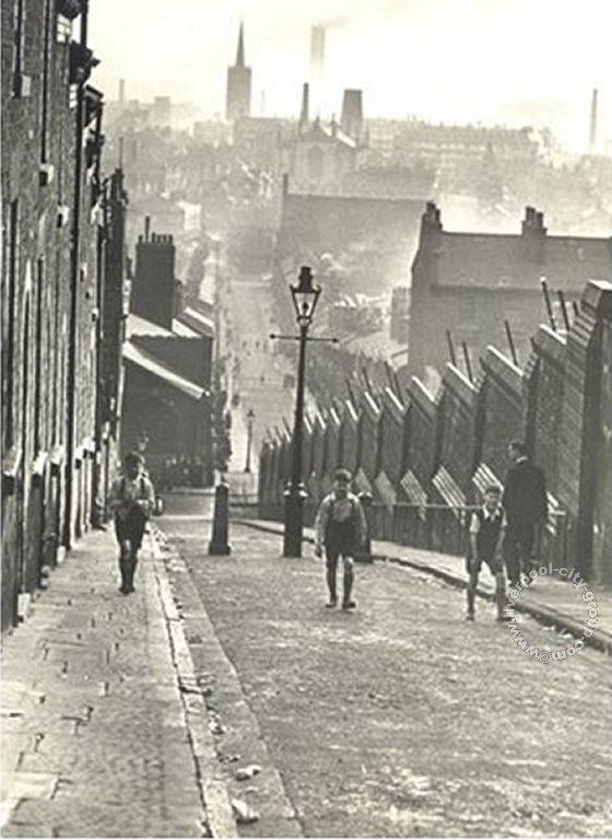 Liverpool, streets, liverpool-l5-st-georges-hill-1949