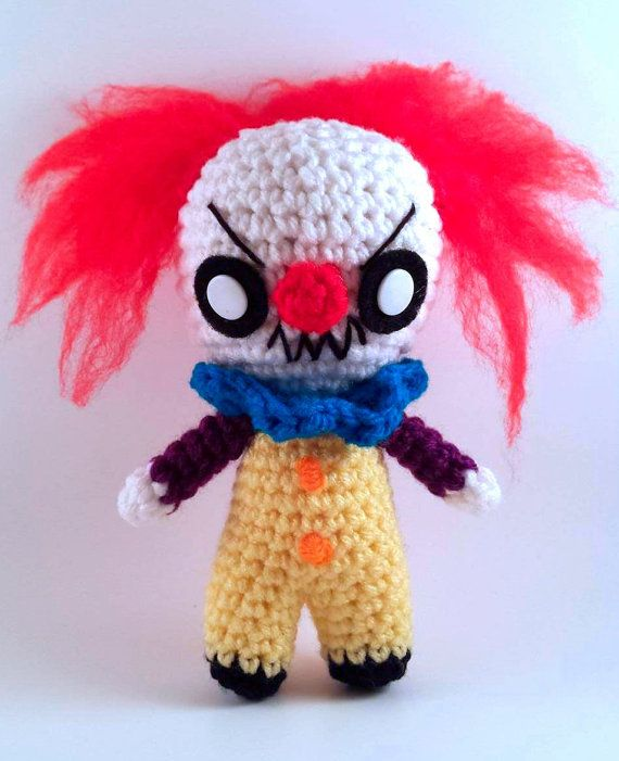 Pennywise It - Stephen King - Horror Movie Doll - Creepy Cute Clown Amigurumi Plush Chibi - lauriegorexx @ Etsy