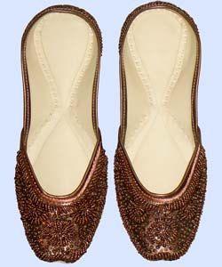 Indian bridal shoes,  Beaded shoes, Indian wedding shoes, Sherwani shoes, Indian Beaded Shoes, Sherwani with shoes, Beade shoes,punjabi juti by Ganpatiwedding on Etsy