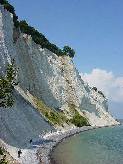 Mons cliffs, Denmark(via Pin by Lili Paris on Magic Places & Spaces | Pinterest)