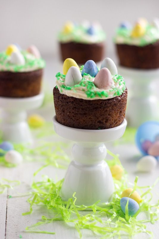 Mini Easter Carrot Cakes - {GF + Lower Fat} - Food Faith Fitness