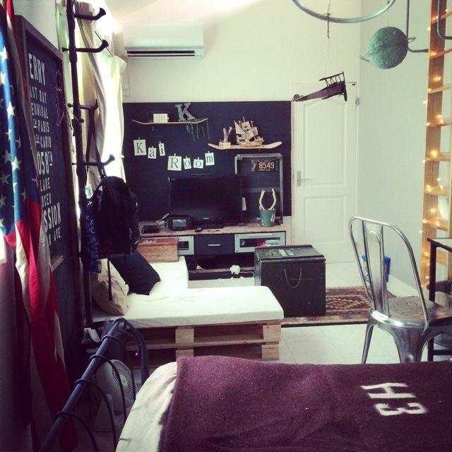 男の子 部屋のインテリア実例写真
