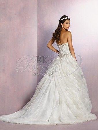 Alfred Angelo Disney Fairy Tale Weddings Spring 2016- Style 254 Belle