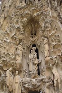 Catedrala Sagrada Familia  din Barcelona, Spania.  http://www.viziteazalumea.ro/stiri/sagrada-familia-un-templu-unic-in-lume/