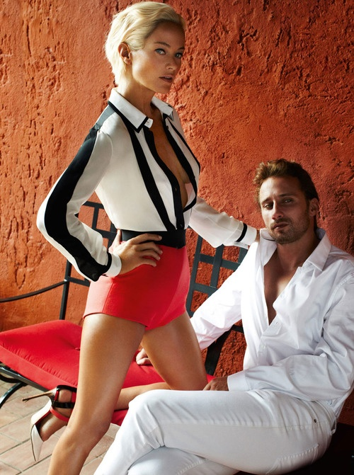(Mario Testino shoots Carolyn Murphy‎ and Matthias Schoenaerts for the December 2012 issue of Vogue Magazine. Styling by Tonne Goodman.