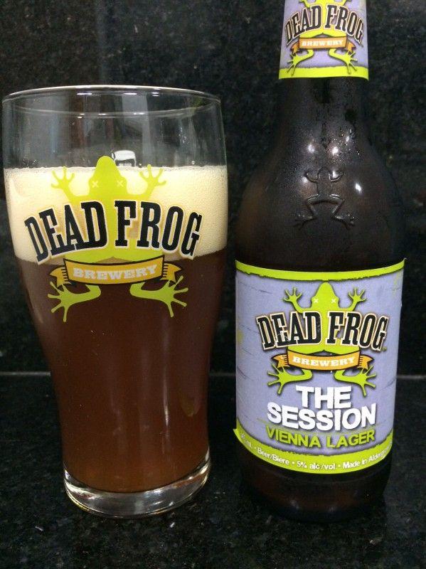 Cerveja Dead Frog - The Session Vienna Lager, estilo Vienna Lager, produzida por Dead Frog Brewing, Canadá. 5% ABV de álcool.